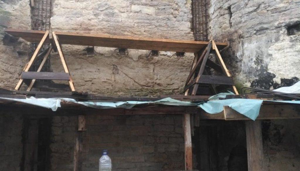 subzidire fundatie, subzidirea unei fundatii, constructie, dezvelire fundatie pe portiuni scurte, dezvelire fundatie pe portiuni lungi